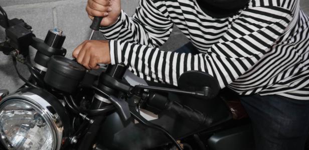 سستابازار گکھڑ سے شہری کی کھڑی موٹر سائیکل چوری